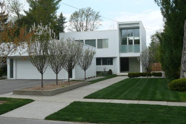 Modern Landscapes for the Mid-Century Home